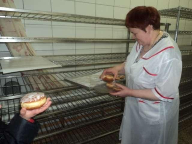 Przedszkolaki z wizytą w piekarni