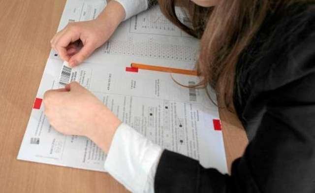 egzamin - full image