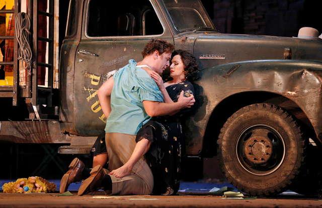Dwie opery na zakończenie sezonu 2014/2015 The Metropolitan Opera Live in HD w Filharmonii  - full image