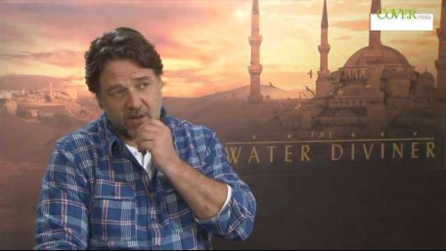Russell Crowe o pracy reżysera - full image