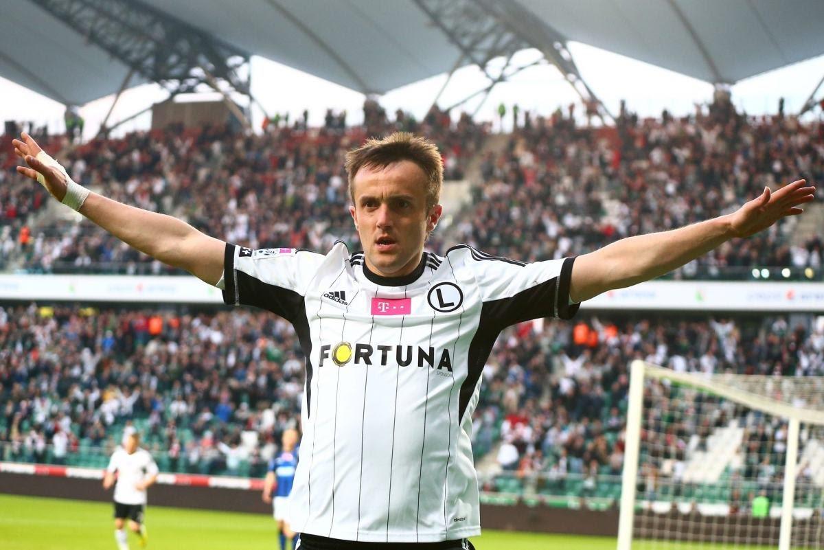 Za rok gry w chińskim drugoligowcu Miroslav Radović zarobi około półtora miliona euro, czyli tyle, ile płacą dobrym zawodnikom w Bundeslidze