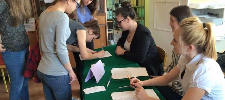 W Zespole Szkół Nr 2 w Mrągowie odbyły się prawybory prezydenckie