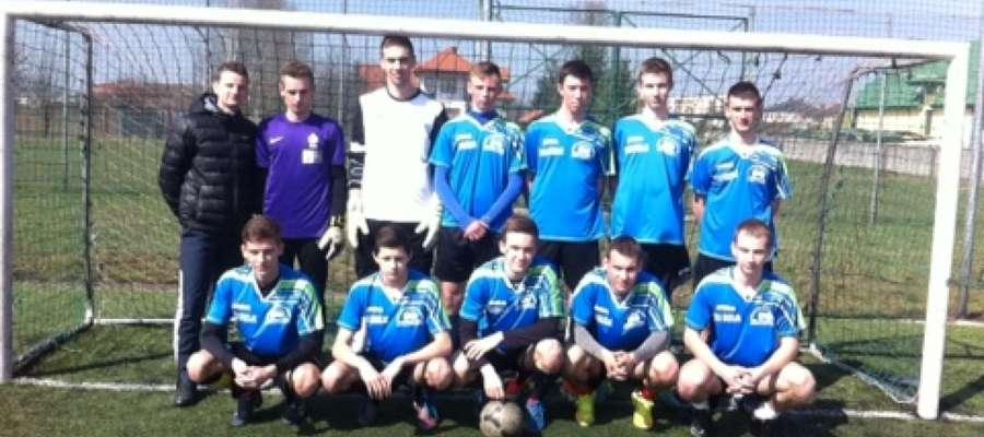 Zespół z technikum wygrał zawody powiatowe w piłce nożnej