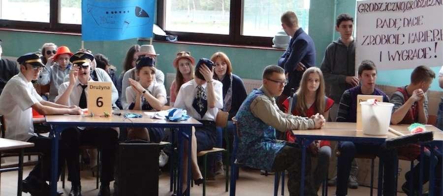 Turniej przeprowadzono na hali sportowej szkoły w Jamielniku