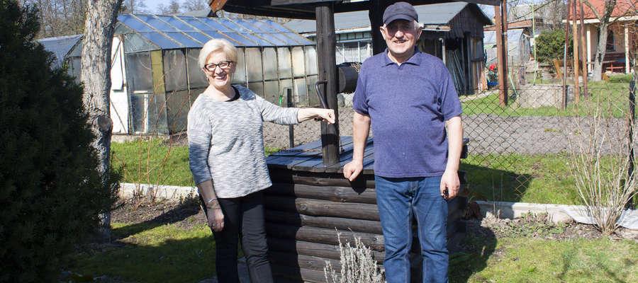 Janina i Jan Grygiencza używają kompostownika na działce od ponad 35 lat