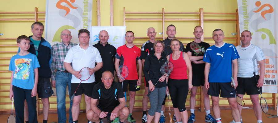 Organizatorzy zawsze mogą liczyć na stałe grono lokalnych (i nie tylko) badmintonistów