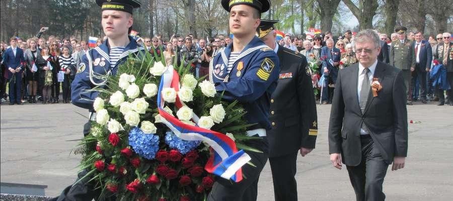 Ponad 200 motocyklistów z Rosji w Braniewie. Upamiętnili 70. rocznicę zakończenia II wojny światowej