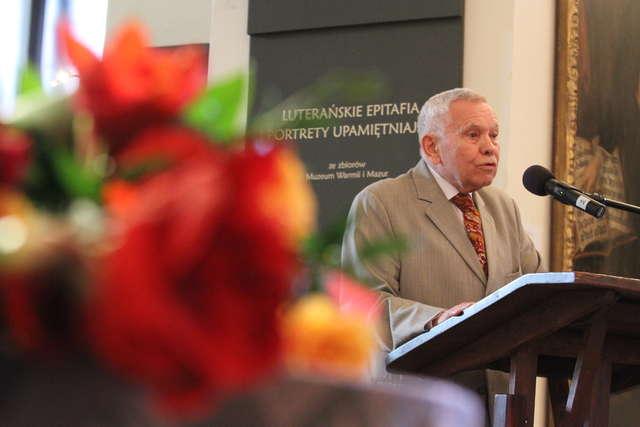 Prof. Jackiewicz z nagrodą Krasickiego - full image