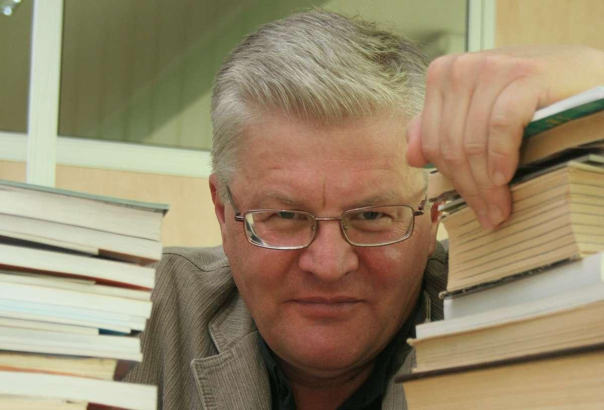"""Spotkanie z dziennikarzem """"Gazety Olsztyńskiej"""" Markiem Barańskim w piątek, 8 maja w Bibliotece UWM - full image"""