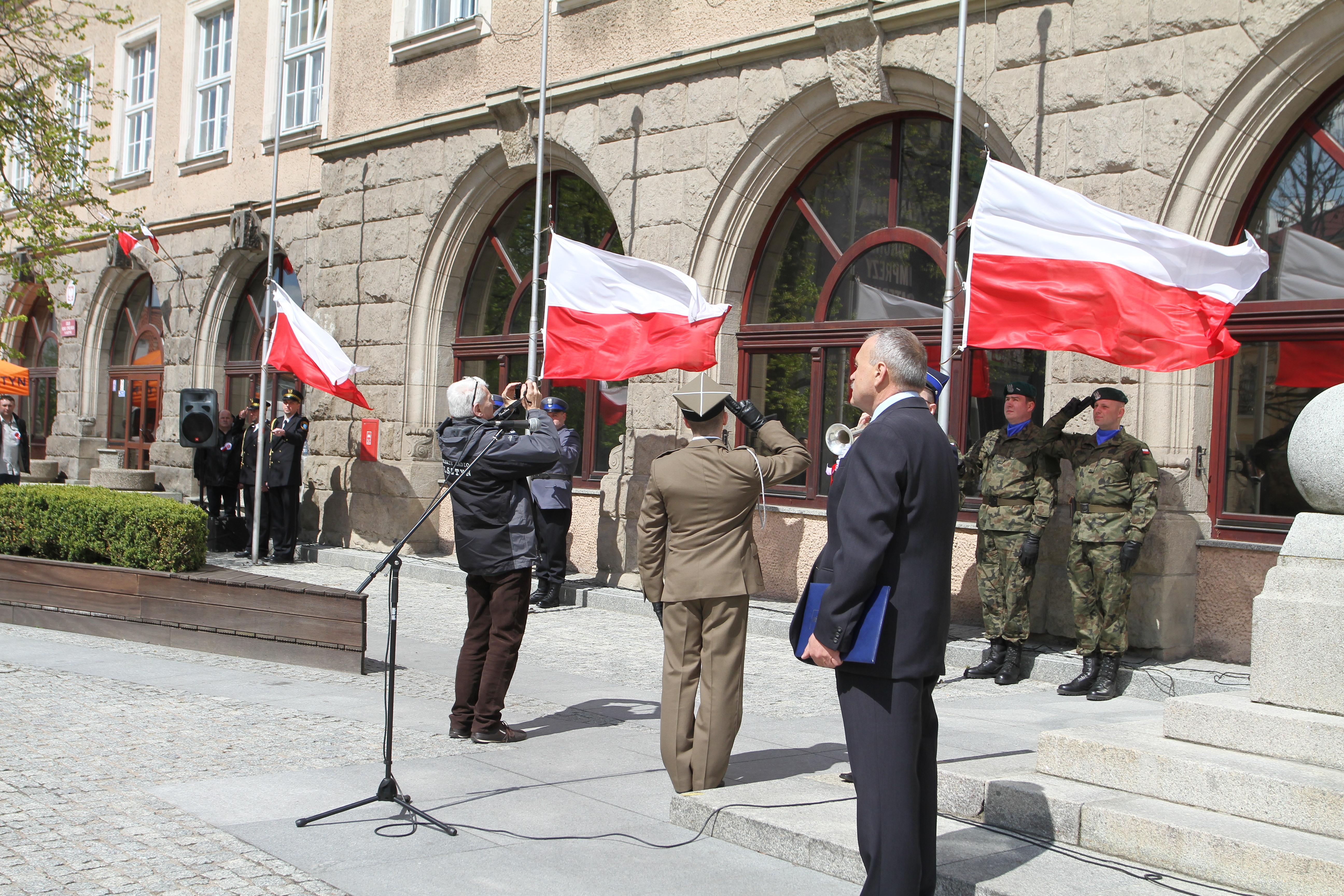 Święto flagi w Olsztynie. Zobacz zdjęcia!