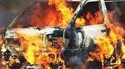 Audi stanęło w płomieniach na przyszpitalnym parkingu
