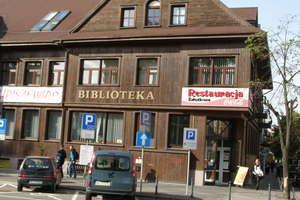 Ostrołęka: W maju biblioteka łaskawa dla zapominalskich