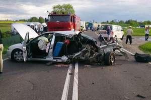 Kraksa na trasie między Olsztynem a Ostródą. Jedna osoba ranna