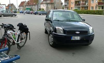 """""""Święte krowy"""" czyli karne zdjęcie za złe parkowanie"""