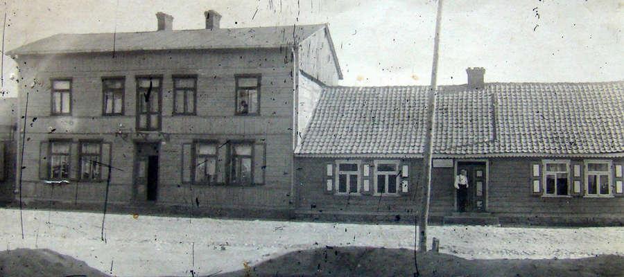Dwa domy przy ulicy Lidzbarskiej