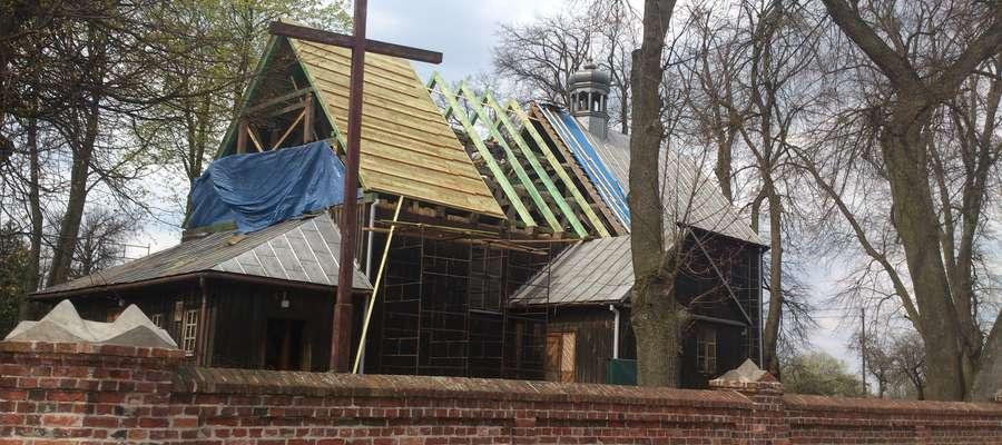 Prace remontowe w kościele prowadzone są pod okiem konserwatora