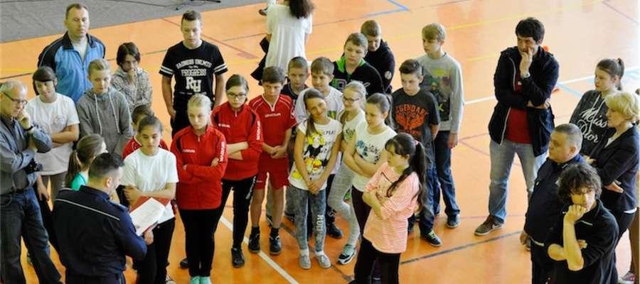 Podczas turniejowych zmagań w szkole w Mrocznie