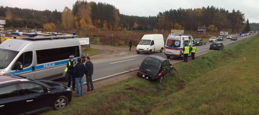Na drodze krajowej nr 51 między Olsztynem a Spręcowem wypadki, kolizje, stłuczki i potrącenia to niestety codzienność