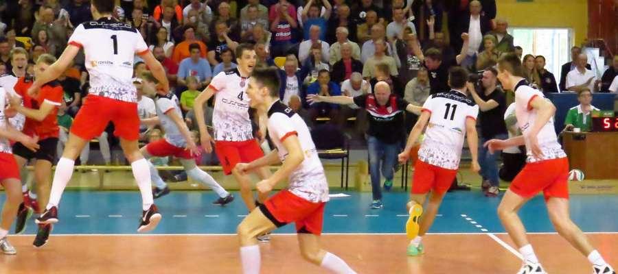 W 2015 roku kadeci AKS V LO Rzeszów zdobyli tytuł Mistrza Polski właśnie w Kętrzynie. Czy powtórzą ten sukces teraz?
