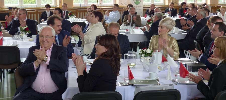 Uroczystości odbywały się w hali Zespołu Szkół w Bielicach
