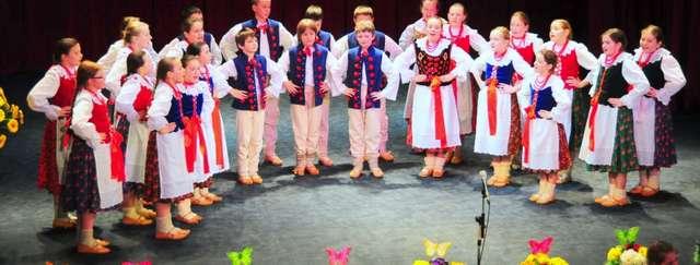 65-lat Zespołu Pieśni i Tańca Ziemi Cieszyńskiej  - full image