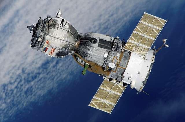 Troje astronautów wróciło z ISS na Ziemię, w tym Włoszka z rekordem - full image
