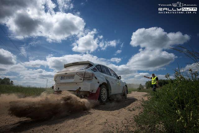 Subaru Marka Dąbrowskiego na trasie testowej pod Orzyszem - full image