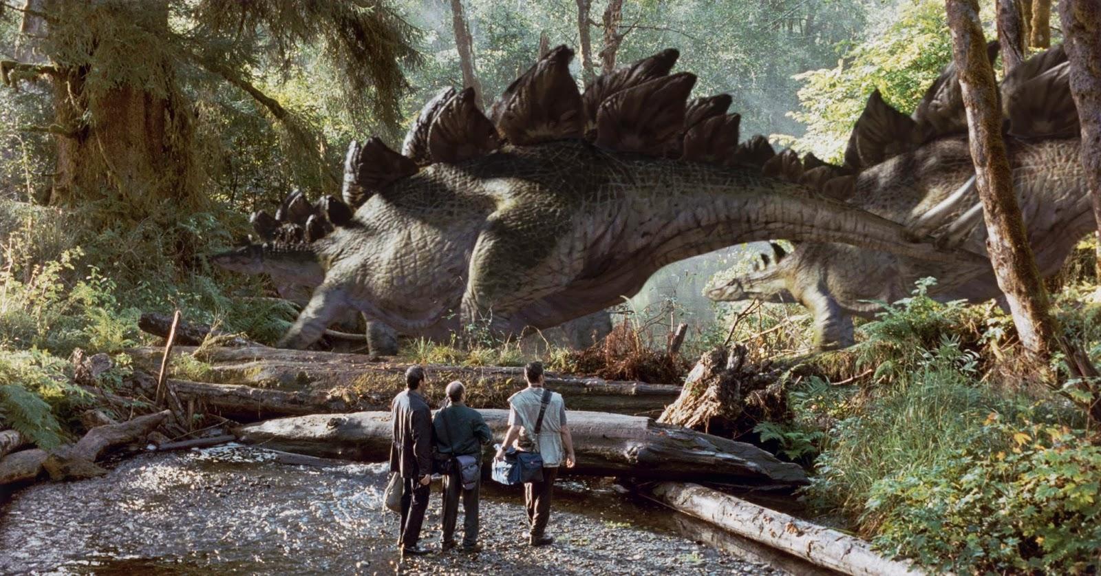 Świat dinozaurów, Bond w spódnicy i trzęsienie ziemi - złap bilet do kina!