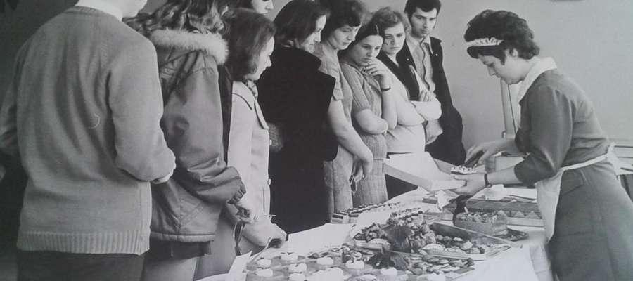 Wystawa cukiernicza w kawiarni Jagiellonka w 1973 roku