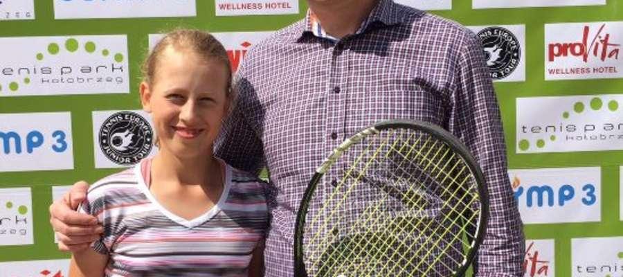 Pola Wygonowska ze swoim tatą, Adamem Wygonowskim.