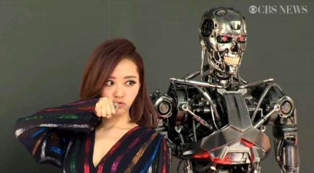 Arnold Schwarzenegger i Emilia Clarke na premierze Terminator: Genisys - full image