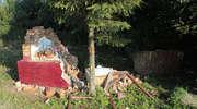 Zabytkową kapliczkę zniszczyła ciężarówka