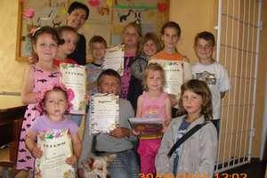 Podsumowali rok szkolny w bibliotece w Wodukajmach