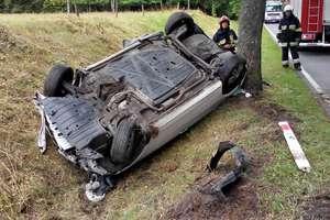 Wypadek na trasie Mrągowo-Piecki. Jedna osoba w szpitalu