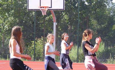 Strefa tańca- lato z enklawą artystyczną, czyli street dance w Pieckach