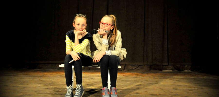 Na scenie czują się jak ryba w wodzie – Zuzia i Maja
