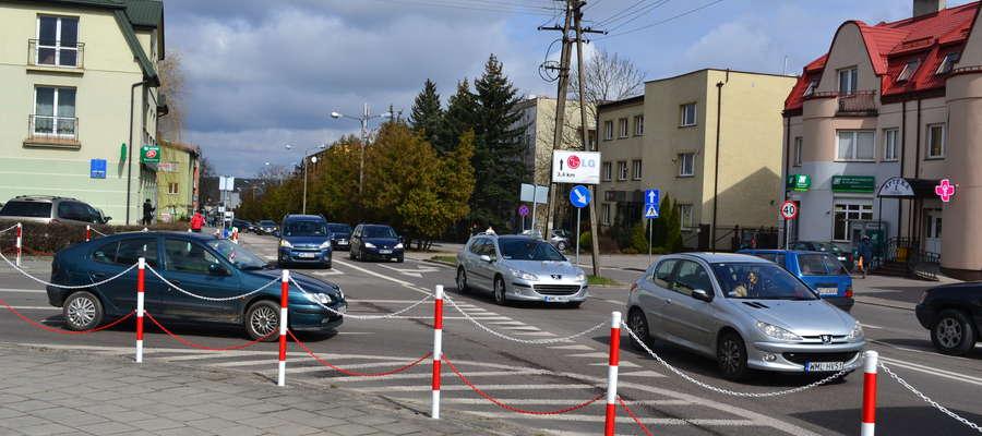 Wyjazd w lewo z ulicy Kościuszki to dziś nie lada sztuka