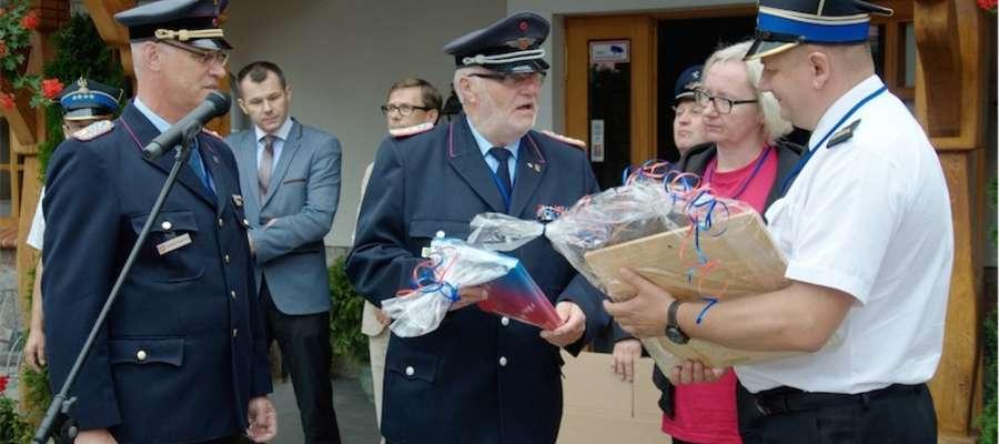 Podczas oficjalnego powitania wymieniono prezenty