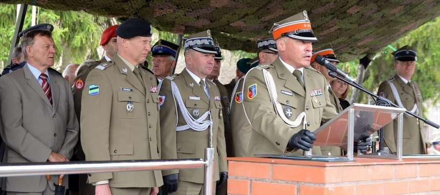 Przekazanie dowództwa w 15. Brygadzie Zmechanizowanej w Giżycku
