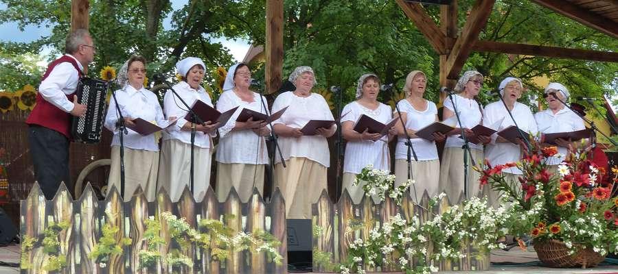 Artyści dobrze czują się w Orzyszu, świadczą o tym ostatnie Orzyskie Spotkania Folklorystyczne