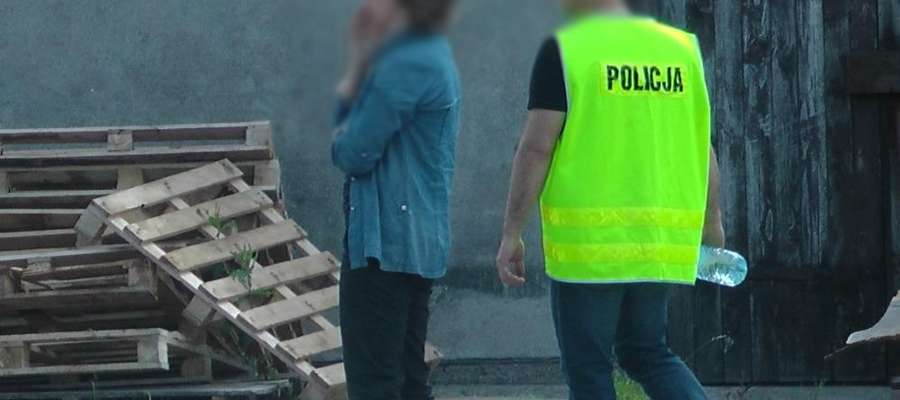 Jedna z zatrzymanych na miejscu zdarzenia.