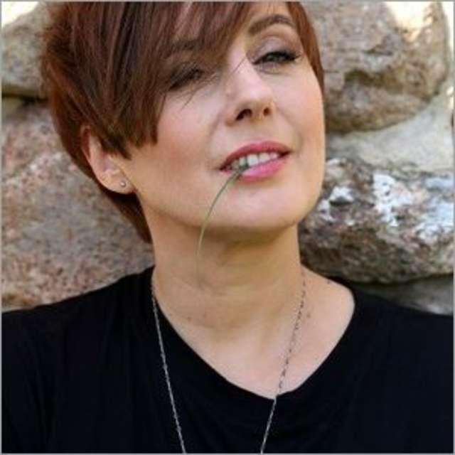 Nowe utwory, ta sama charyzma. Edyta Bartosiewicz w Olsztynie!  - full image