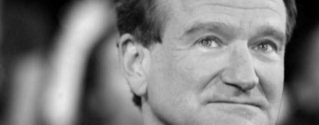 Pierwsza rocznica śmierci Robina Williamsa. Jak fani wspominają aktora? - full image