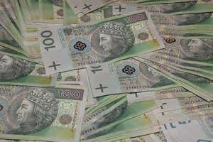 Znalezione pieniądze czekają na właściciela