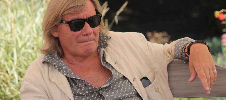 """Filip Bajon reżyseruje """"Kamerdynera"""" realizowanego m.in. w folwarku i pałacu w Galinach."""