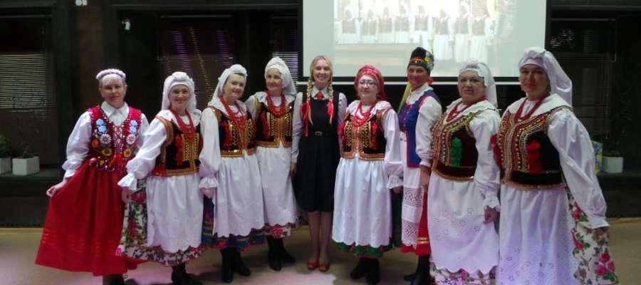 Zespół wokalny Czerwone Jagody przyjechał do Mrągowa z Minusińska na dalekiej Syberii