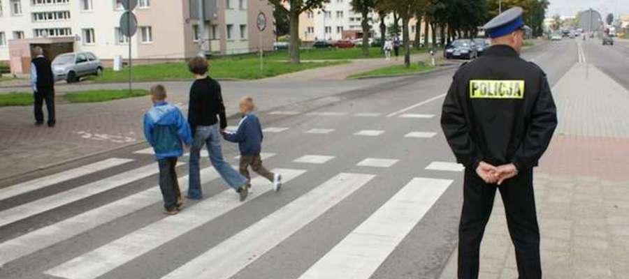 """Rusza policyjna akcja """"Bezpieczna droga do szkoły 2015"""""""
