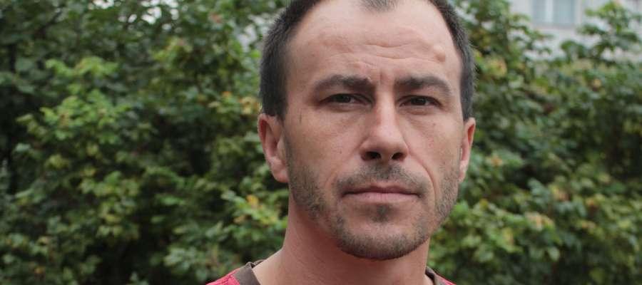 Krzysztof Pachulski z Górowa Iławeckiego został zatrzymany 19 sierpnia, czyli dwa dni po napadzie, z którym nie miał nic wspólnego.