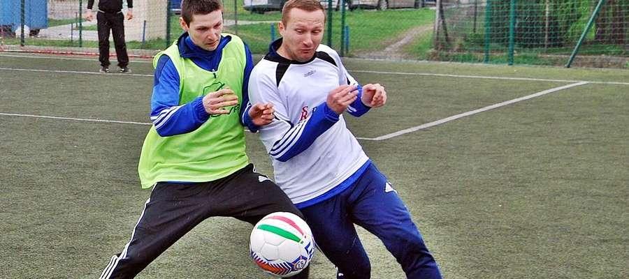 """Piłkarze znów wybiegną na ,,Orlika"""" przy Gimnazjum nr 1, aby rywalizować o Puchar Przewodniczącego RM w Płońsku"""