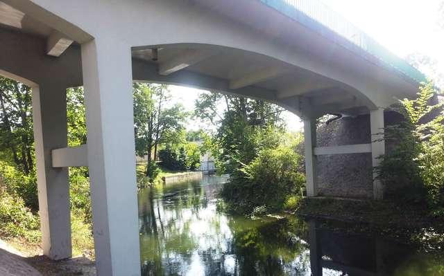 Pod mostem na Wadągu w Wadągu